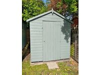 Champion Shed Excellent Condition