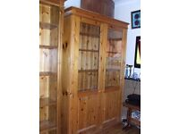 BOOKSHELF /DISPLAY CABINET SOLID PINE TALL/WIDE GLASS DOORS FREE EDINBURGH DELIVERY