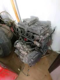 Suzuki rf900 engine