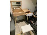 Dressing table in good condition
