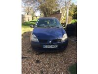 Renault Clio *spares and repairs* runs, and has MOT until end of August but has engine problems