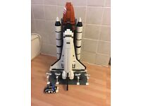 Very rare Lego Space Shuttle Expedition ( Like New)