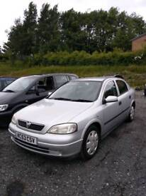 Vauxhall Astra 1.4 petrol 5dr 2 keys part service history low mileage