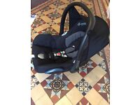 Maxi Cosi Cabrio Fix Car Seat with EasyFix base for Isofix Use