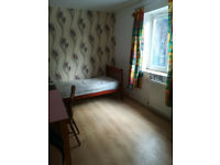 A good size single room available in CB5 Ditton Fields