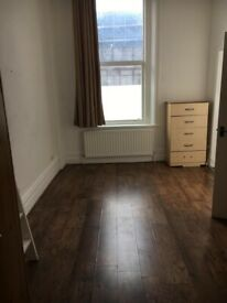Self contained STUDIO in Brixton. Inclusive of all bills £1000pcm. SW9 8JX .