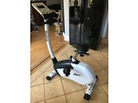 Reebok Z9 Exercise Bike, mains powered with a choice of 12 programmes - very good condition