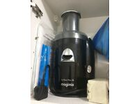 Magimix smoothie and juice maker