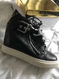 Black high tops with buckle/zip detail ladies size 6.