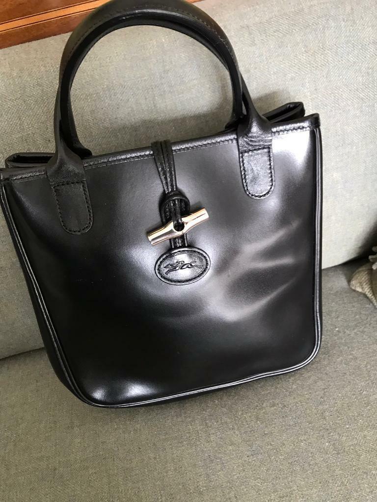 Longchamp Black leather handbag  0c130dd2febbf