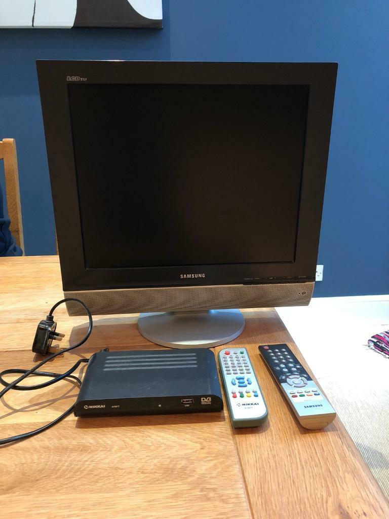 Samsung LCD TV 19 inch and Freeview box
