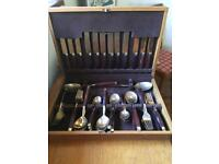 Rosewood boxed cutlery set.