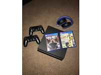 PS4 2 Controllers Headset and Games