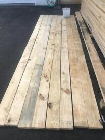 CONSTRUCTION TIMBER 14 x 4CM x 3.6M Pallet wood de nailed good quality rustic roof shed decking wood
