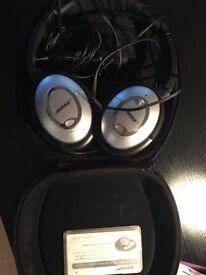 Bose Quietcomfort 15 Headphones and case
