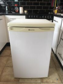 Under counter fridge good condition