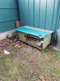Rabbit hutch with cover and 2 doors