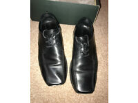 Mens leather size 8 shoes.
