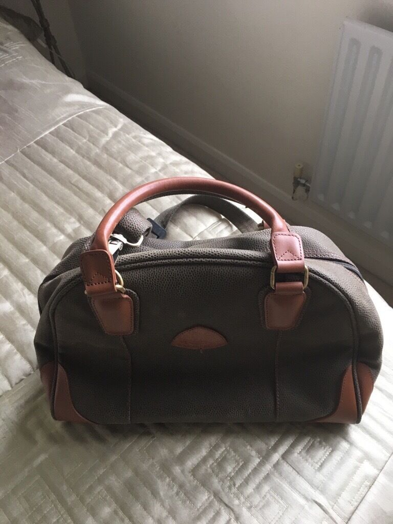 Globetrotter Travel Bag