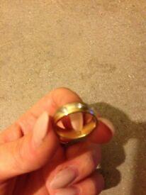 9ct golden diamond Wedding ring