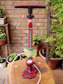 Bike Pump. Top Dog ST High pressure floor pump. Presto & Schrader. Steel
