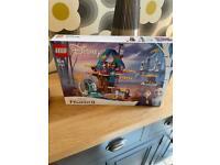 Lego Frozen 2 - enchanted tree house