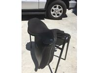"""Saddle 16"""" thorogood 100% excellent condition"""