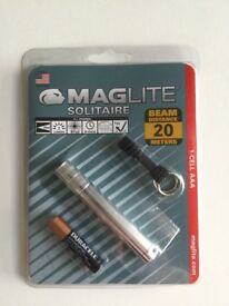 (NEW) MagLite Torch 20m Beam -50% off