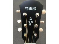 Yamaha APX T2 Electro-Acoustic little Guitar