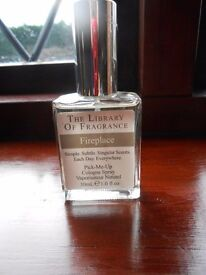 the Libary of Fragrance 30ml Cologne fireplace or snow or wet garden new