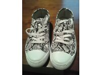 WOMENS SNAKESKIN TRAINERS AS NEW - SIZE 4/5