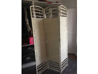 Pearly-white handmade wicker room divider