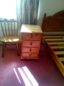 small pine chester drawers