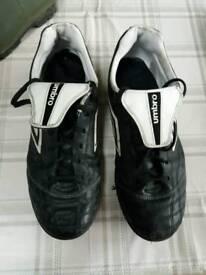 Umbro astro turf boots.