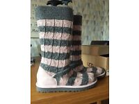 Ugg Boots, genuine and brand new with box.Baby pink and Heather grey. Cable knit size 7.