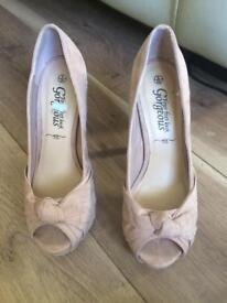 Ladies shoes size 6 UK
