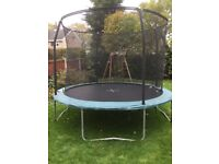 9ft trampoline with netting
