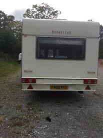 4 birth caravan Manhattan model 2000 in very good condition with elec wire gas bottle etc