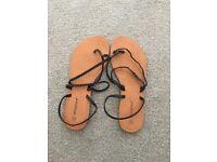 Ladies Flat Sandals. Size 6