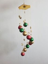 CHRISTMAS BAUBLE CHIME – decorative hanging Christmas centrepiece