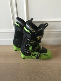 Dalbello Freestyle Ski boots (265cm), Line SFB Skis (182cm) and Marker Bindings (Joker)