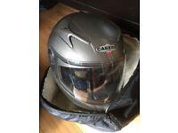 Caberg V2R Motocyclr Helmet.