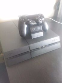PS4 500GB, (with 1 controller, a charging dock and small cleaning kit) - NO BOX- £150