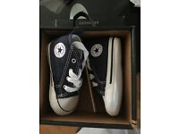 Converse Crib Shoes Size 6-9 months