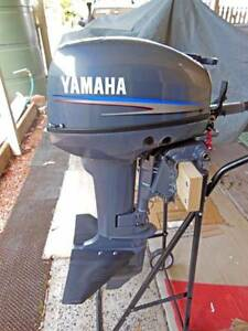 Yamaha 15 2 stroke short shaft motor in excellent condition Berkeley Vale Wyong Area Preview