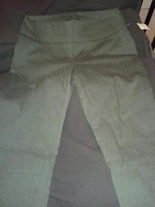 Grey RW&Co Dress Pants/Leggings Kitchener / Waterloo Kitchener Area image 1