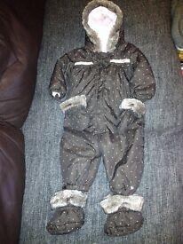 Pretty Snowsuit snow suit 9-12 mths