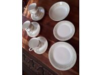 ROYAL DOULTON 'PAISLEY' PART TEA SET. 22 PIECES. GOOD COND.