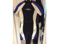 Shorty wet suit