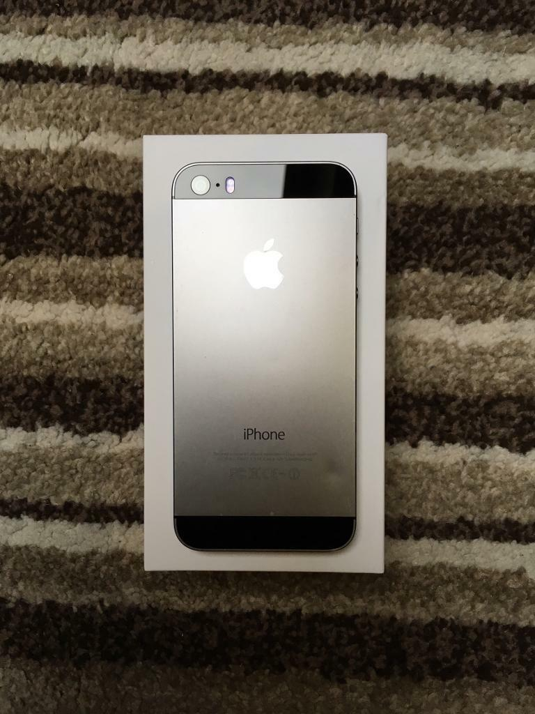 IPHONE 5S 32GB SLATE GREY, UNLOCKED ALL NETWORKS IMMACULATEin Moseley, West MidlandsGumtree - Iphone 5S Slate Grey32GBFactory Unlocked All networksJust over 1 Year OldImmaculate condition, been kept in case and screen protector from new. as you can see in the pictures. Comes with box, brand new Genuine charger and brand new genuine headphones